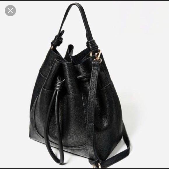 d63d5b48636 Zara Black Basic Drawstring Bucket Bag Leather new.  M_5b14b51634a4efb16ae3fe04